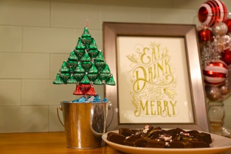 DIY Christmas Tree made of Hershey Kisses