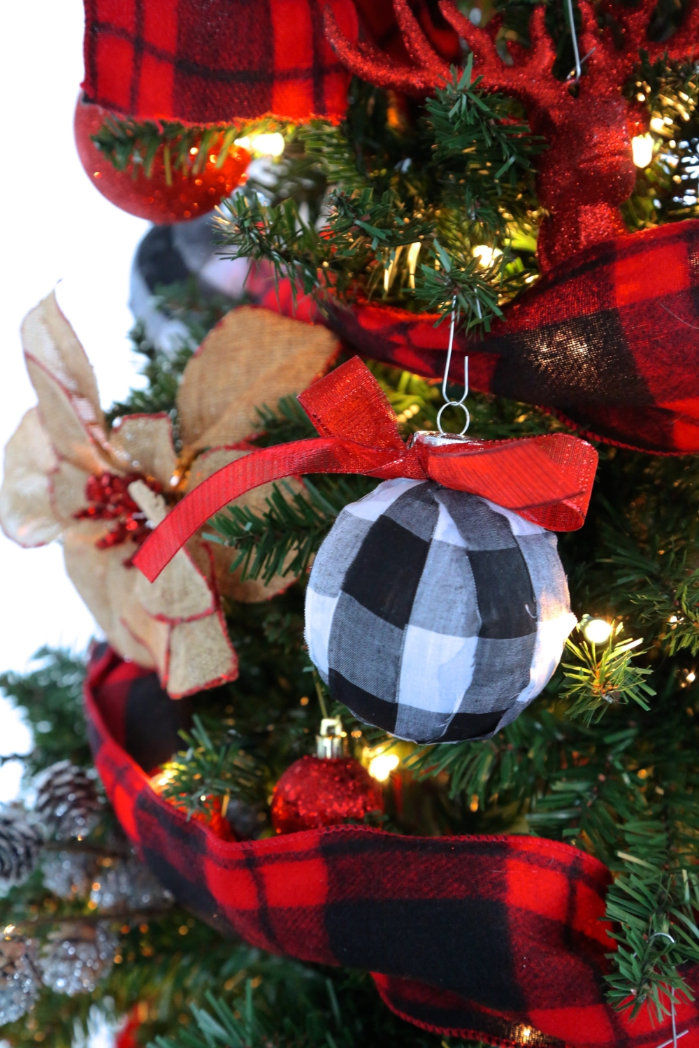 Checkered Christmas Ornaments Cheaper Than Retail Price Buy Clothing Accessories And Lifestyle Products For Women Men
