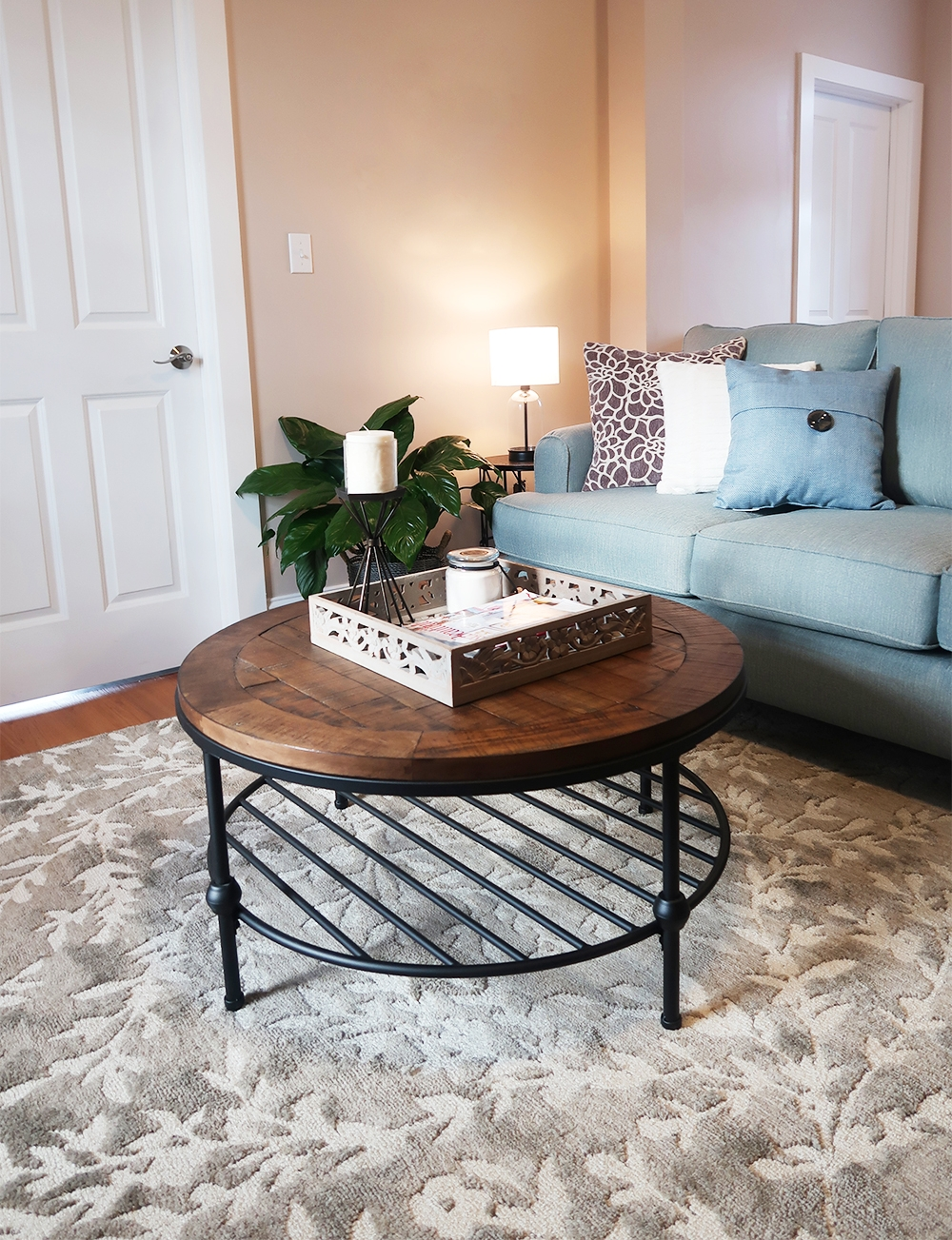 How To Decorate And Layout Furniture In A Small Open Concept Apartment Weekend Craft