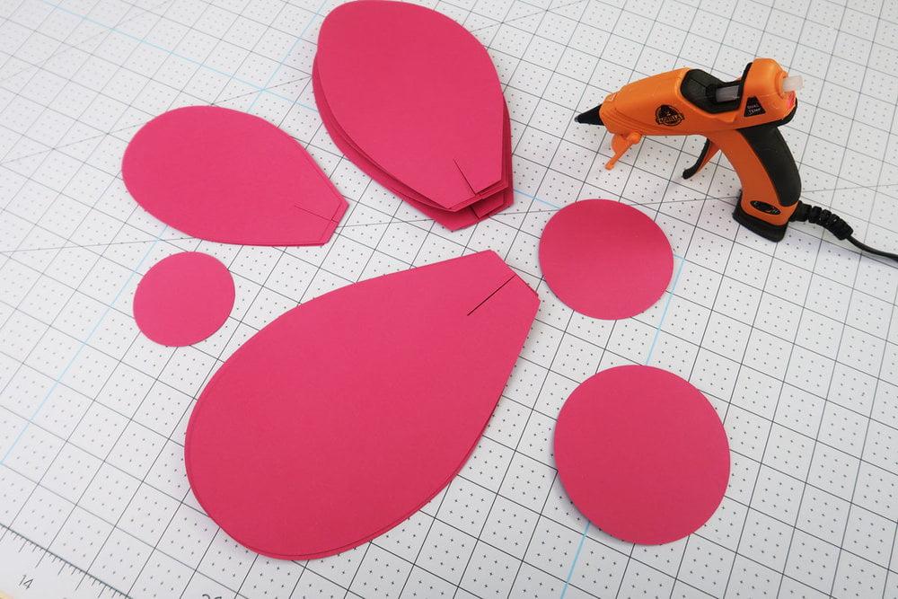 shape the paper petals